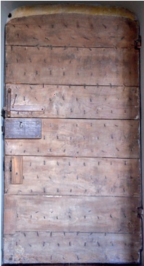 The two sides of an early double plank interior door at Montacute House mounted on simple iron pintles (Photo Jonathan Taylor by kind permission of the ... & Early and Vernacular Timber Doors