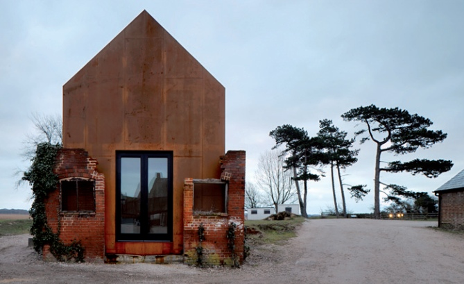 New life for old ruins - Architectuur staal corten ...