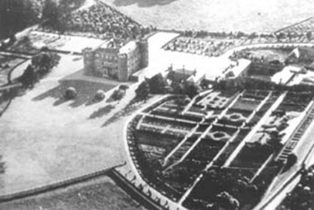 B/w aerial photograph of Ruperra Castle and environs in the 1930s