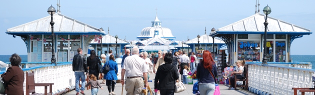 Llandudno pier in the sunshine